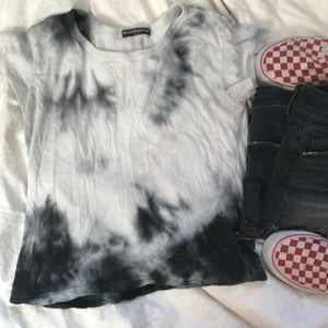Brandy Melville OS black and white tie die cropped